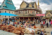 Izmaylovo, the largest Russian Flea market