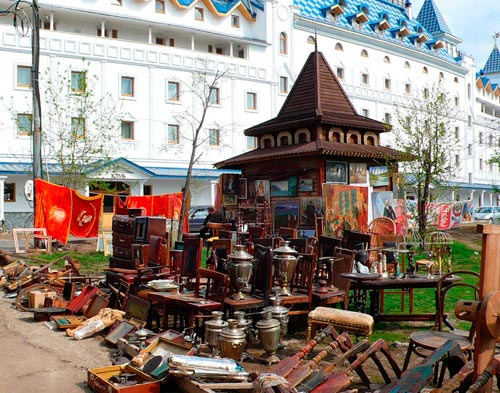Izmaylovo, the largest Russian Flea market