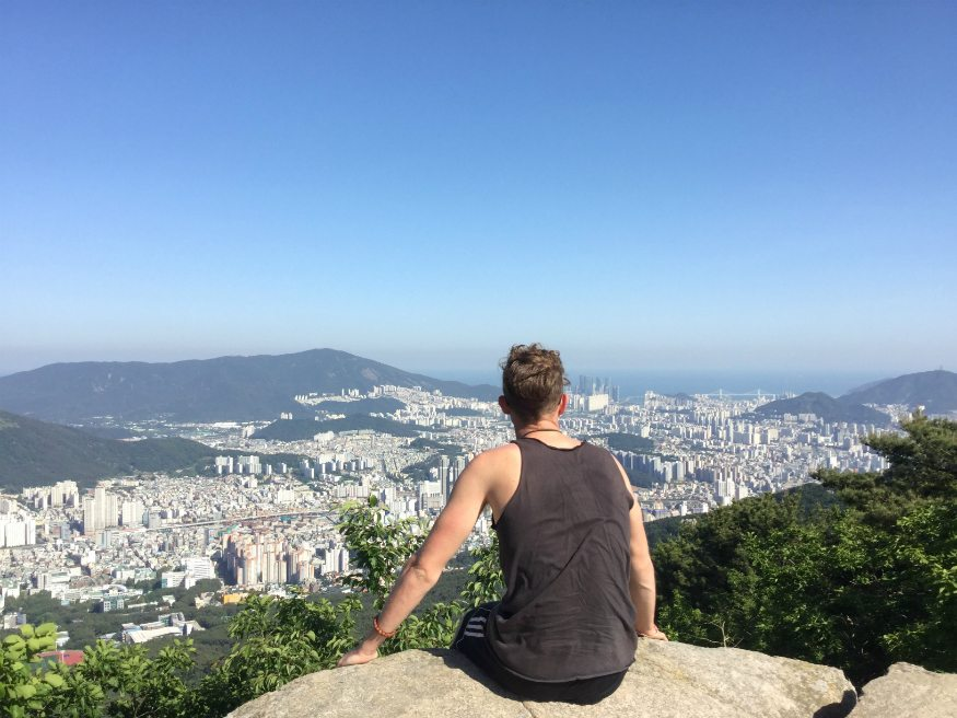 Best Tips for traveling alone and enjoying it